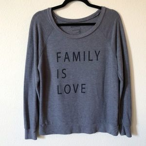 Good hYOUman Family Is Love pullover sweater xs